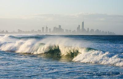 Surfer's Paradise - Burleigh waves